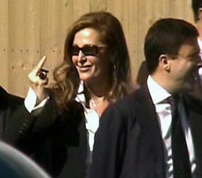http://www.federicasgaggio.it/wp-content/uploads/2008/10/ancora_scossa.jpg