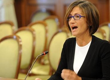 una_ministra